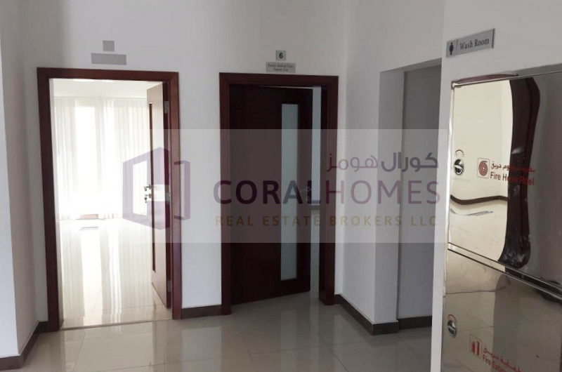 Commercial 10 Bedroom Villa With Clinic Approval