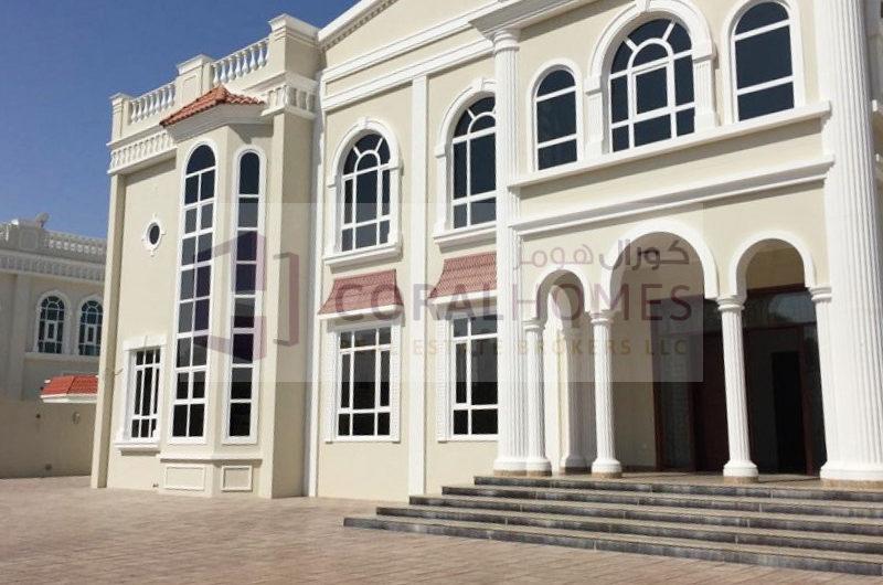 Deluxe 7 Bedroom Hall Villa With 2 Majlis
